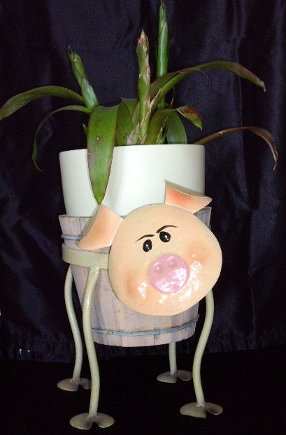 pig flower pot holder